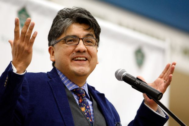 sherman alexie theme The themes common to alexie - alienation, guilt, the struggle of identity and wrestling with one's personal (and historic) war dances by sherman alexie.