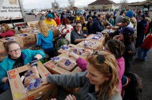 With community's help, Flakesgiving puts 1,500 turkey dinners on the table