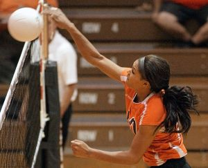 Mims sets Broncs' career kills record in sweep of West