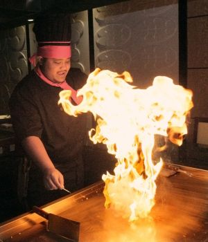 Umi Japanese Steakhouse opens at West Park Promenade
