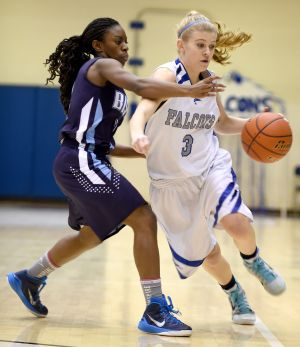 Skyview girls hang on to beat Great Falls, 52-48