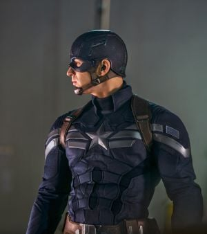 Review: 'Captain America' sequel has more muscle than heart