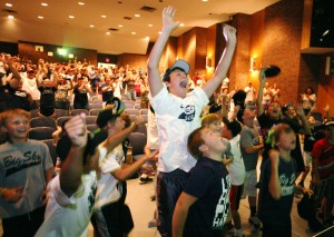 Fans gather at MSUB to cheer on Little Leaguers