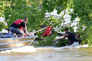 Family rescued after 2 rafts hit a snag on the Yellowstone River