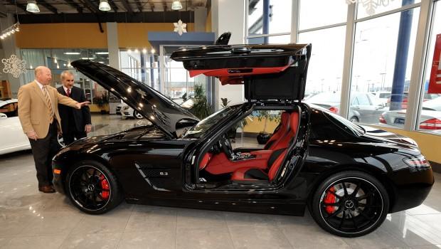 Rare sls amg gt mercedes benz sports car at mercedes benz for Rare mercedes benz