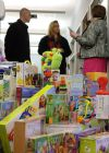 GE Capital employees brighten holiday for nonprofit that helps families