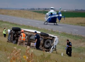 2 men, 1 woman die after I-90 rollover east of Billings