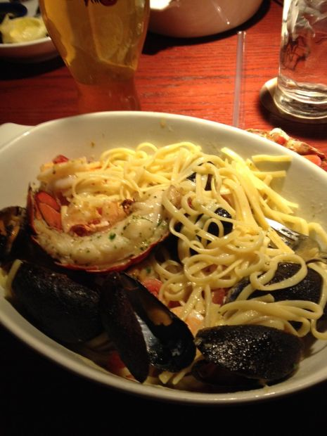 Good eats bar harbor lobster bake at red lobster for Food bar harbor