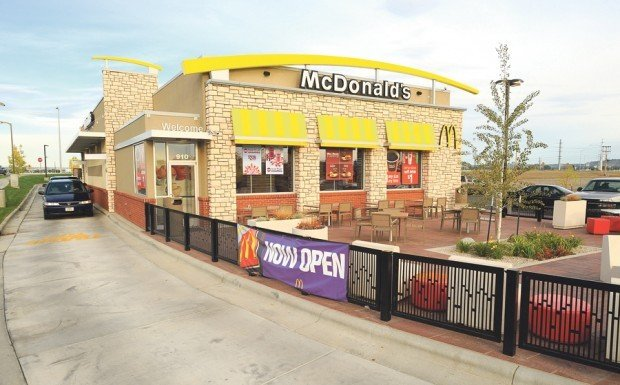 Construction zone mcdonald 39 s changing with the times for Mcdonalds exterior design