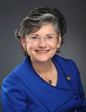 Engstrom, Cruzado update committee on higher ed accountability measures