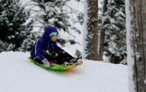 White Christmas draws families to hills, slopes