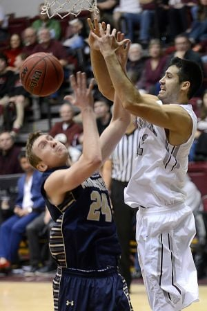 Grizzlies handle Montana State, 63-48
