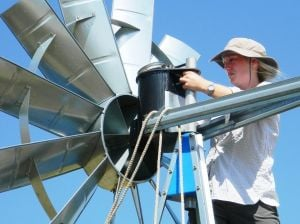 Fisheries crew collects data on prairie waters