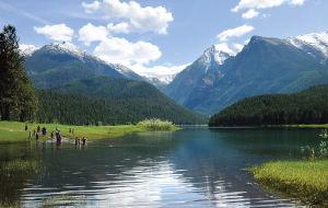 Mission Falls, Reservoir offer stunning scenery