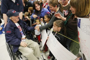 Big Sky Honor Flight returns to warm welcome