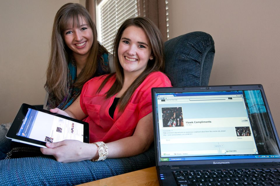 Bozeman High Juniors Launch Compliment Page on Facebook