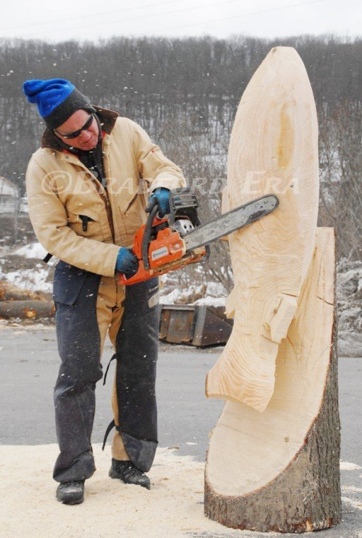 Ridgway chainsaw carving rendezvous kicks off local