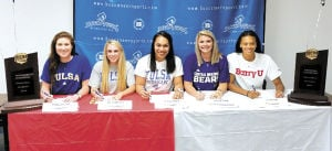 Five Blinn volleyball players sign with four-year universities