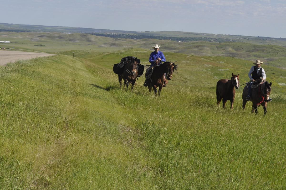 fort pierre men Directions: from city of fort pierre, for a total of about 4 miles, take us 83 west   in 1924, three men tried to rob the ft pierre national bank and one of those.