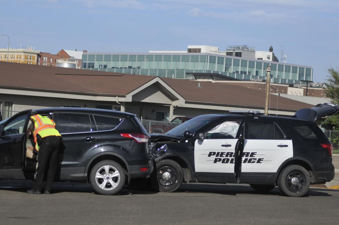 Pierre Police Officer Involved In Traffic Collision
