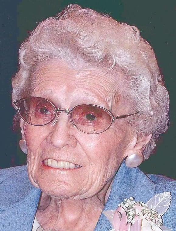 Gladys Evelyn Carl, 90 | Obituaries | capjournal.com