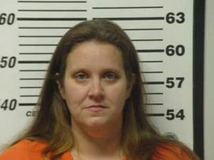 Beaufort woman arrested on fugitive warrant - News-Times: News | 300 x 225 jpeg 10kB