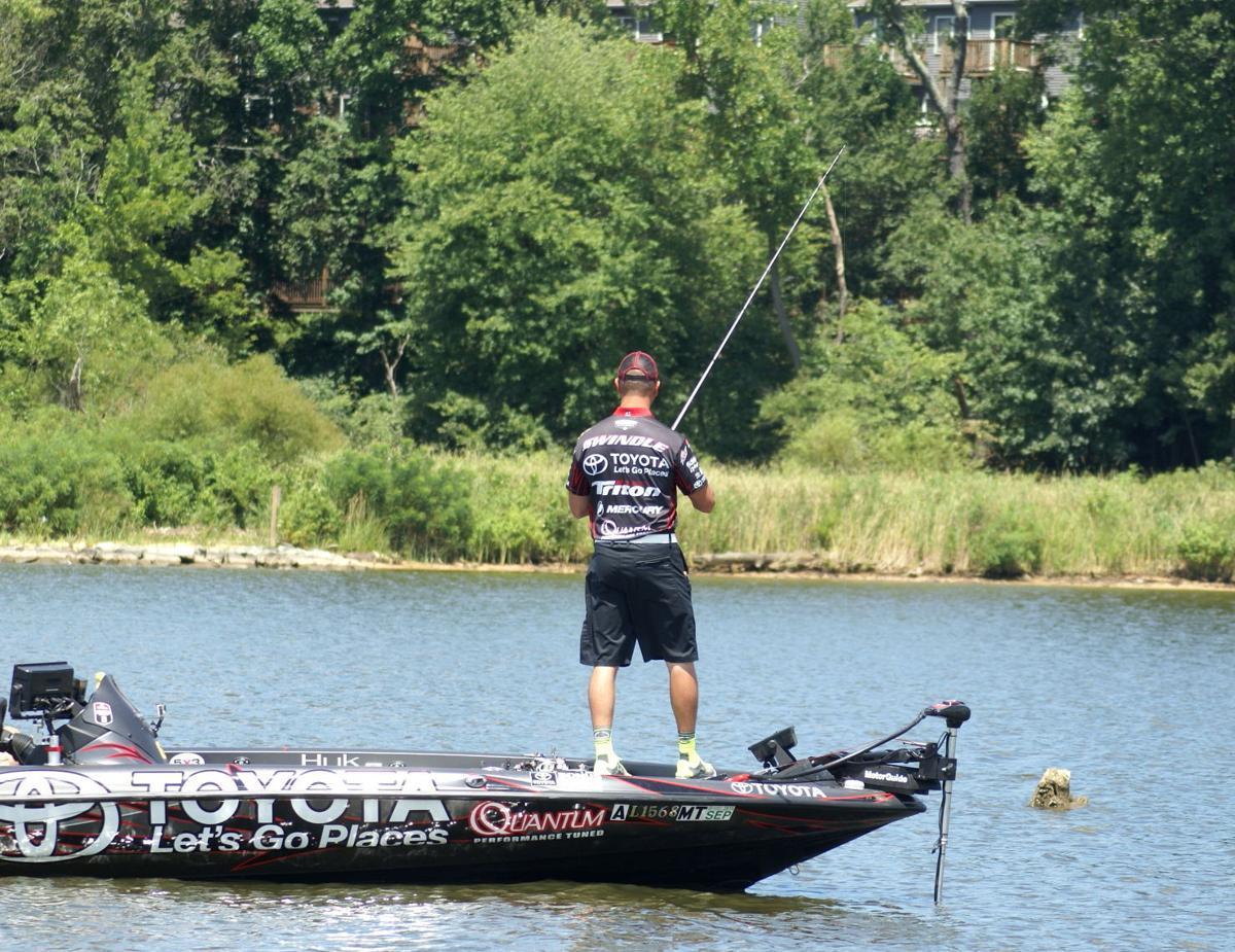 Huk performance fishing bassmaster elite tournament at for Huk performance fishing