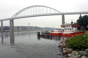 C&D Canal bridge at Chesapeake City