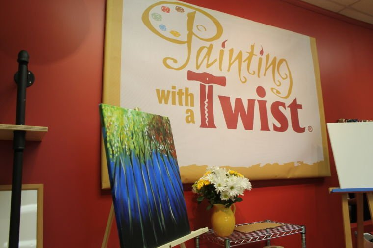 39 paint and sip 39 franchise opens in suburban plaza arts for Painting with a twist chicago
