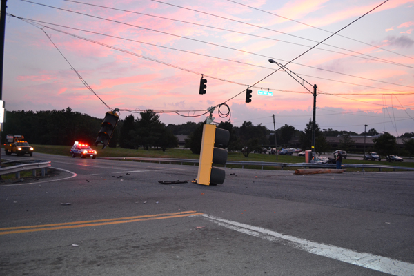 accident single women Live oak, fla — a lake city woman was ejected and killed in a single-car accident early sunday morning.