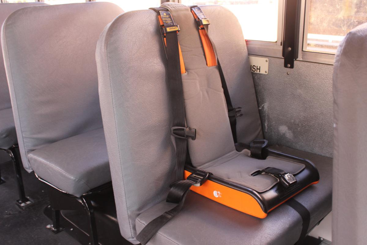 most texas school districts don�t use seat belts in buses