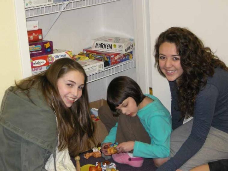 Raquel Rosenberg, Meytal Misrahi and Catie Kornblut