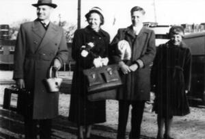 1-17-14 Larsen family photo