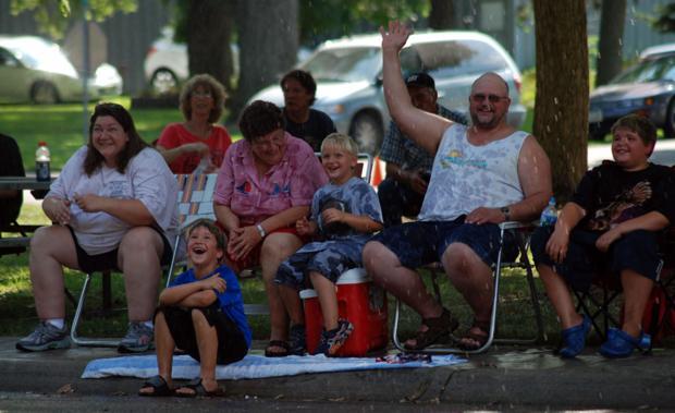 Parade brings annual Bellwood Daze to a close