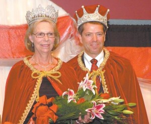 Queen Isabella XXXV and King Ferdinand XXXV crowned | News