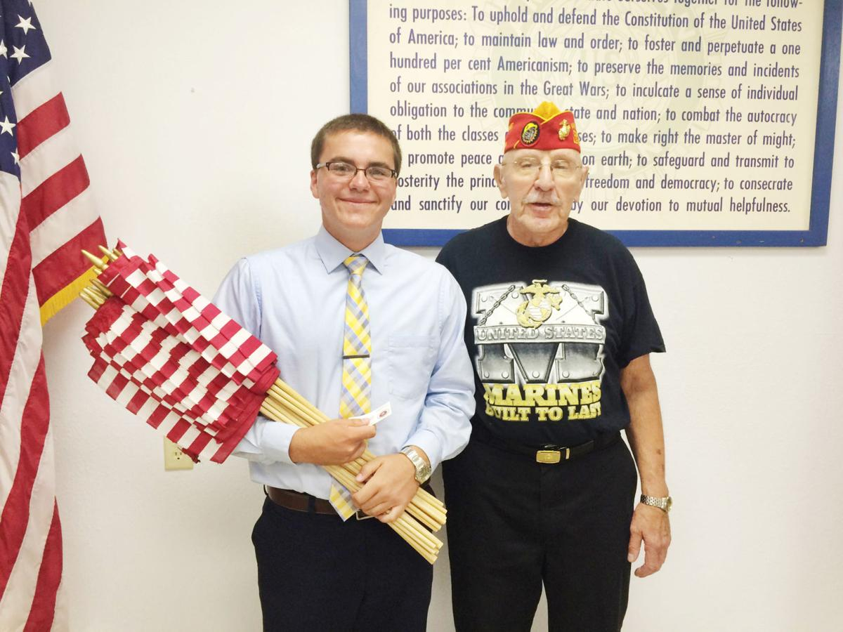 SR Junior Class President Jaedon Foreman poses with veteran Roger ...