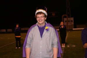 <p>Draevin Roskins was crowned Oelwein's 2013 Homecoming King Thursday night.</p>