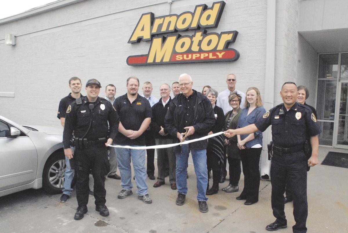 Arnold Motor Supply ri...