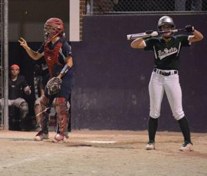 C3D2 Softball - Central vs De Soto