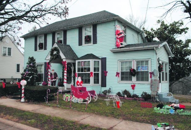 park hills home and business holiday decorating contest is
