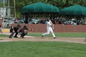 Farmington vs. Poplar Bluff baseball