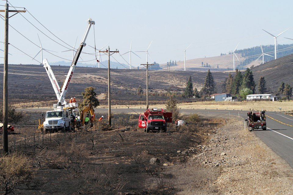 Kittitas County utilities put in long hours to restore power after fire  New