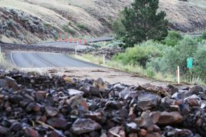 Landslide in yakima river canyon closes state route 821 for Landscaping rocks yakima