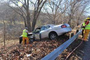 Car wrecks off Texas 27