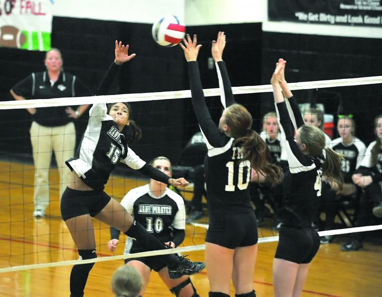 ... volleyball - Daily Times: Home - Center Point v. TMI volleyball: Home