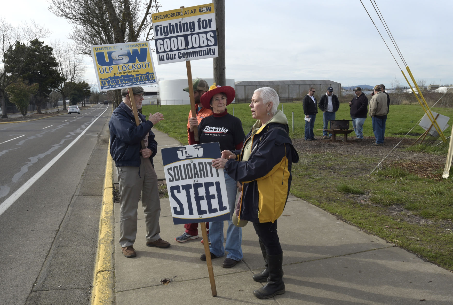 Steelworkers reach tentative agreement with ATI following six-month lockout