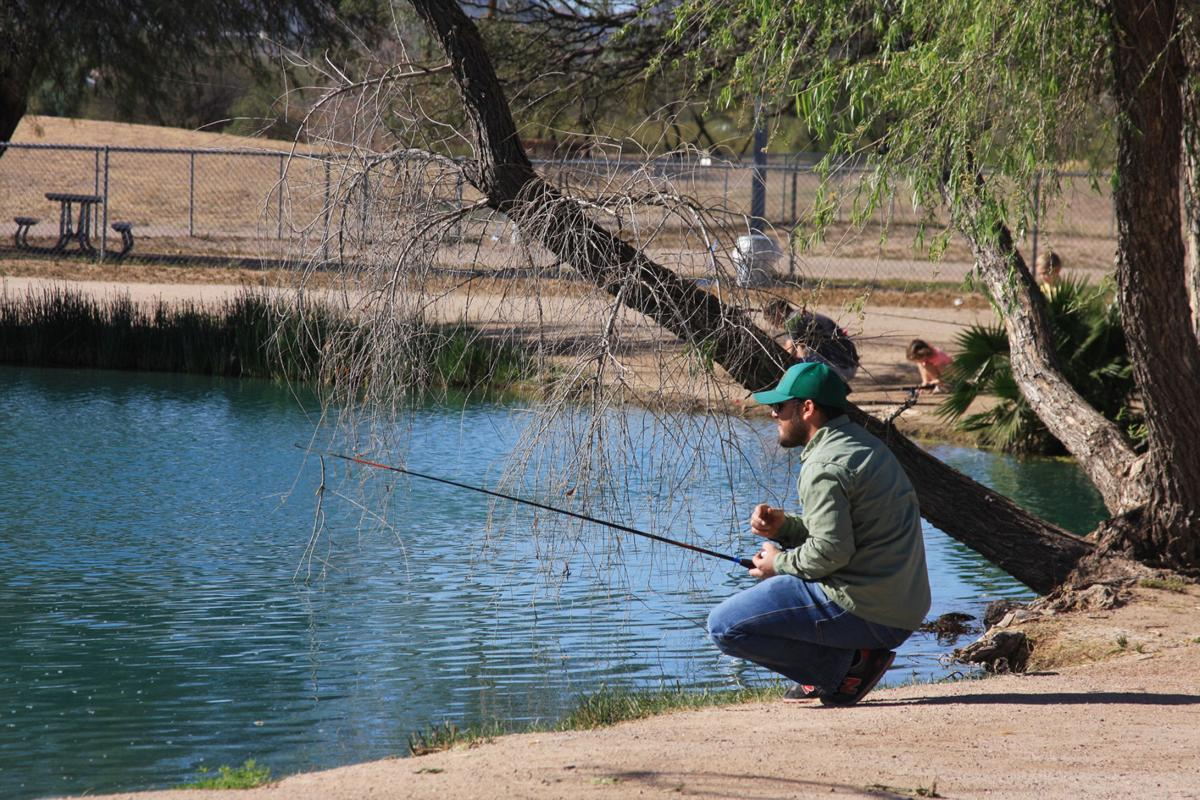 Fishing report keeps anglers informed local sports news for Fishing lakes in arizona