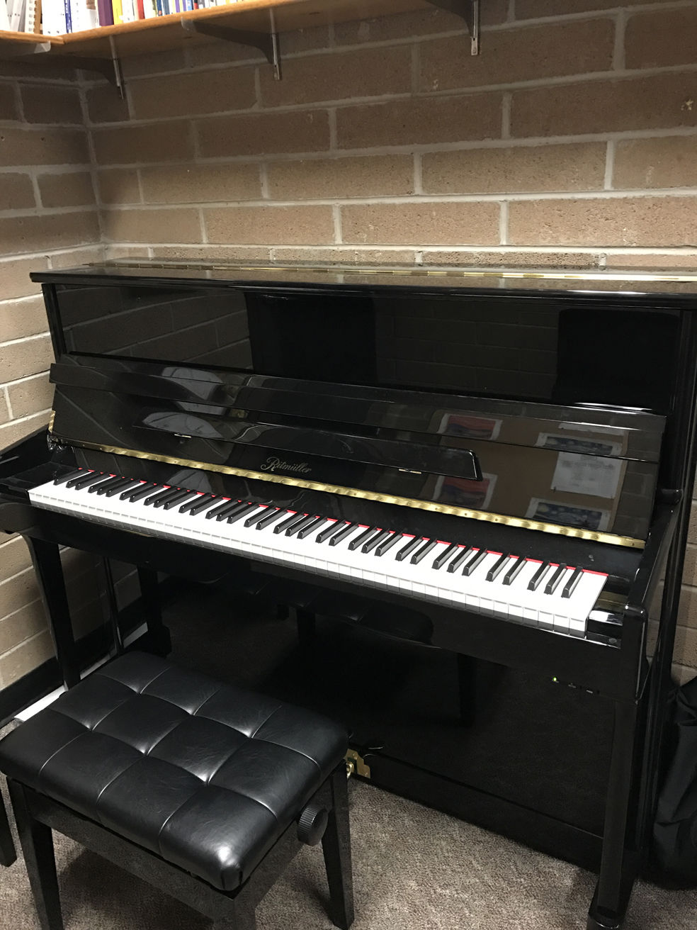 Eac introduces first german piano on campus local news for Piano diviso