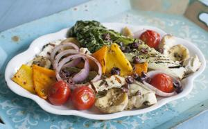 Food Grilled Greek Salad-3
