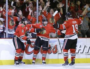 APTOPIX Stanley Cup Bruins Blackhawks Hockey